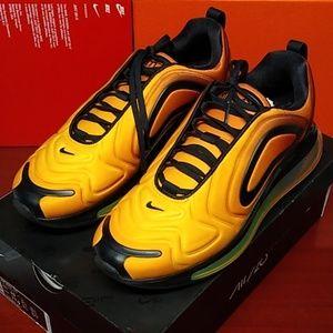 Nike Air Max 720 Sunrise Running Shoes